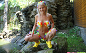 Pinky June Fresh 18yo Teen Girl In Hawaii Costime