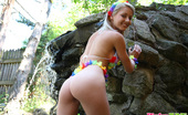 Pinky June 18yo Teen Pinky June Shows Off Her Body In Hawaii Outfit
