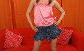 18 Years Old Sindee Jennings Luscious Teen Sindee Gets Naked And Gives Great Head