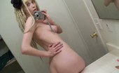 Teen Girlfriends Self-Shot Emo GF From Nextdoor