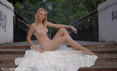 Teen Porn Storage Asia Public Show Off Public Park This Wonderful Blonde Teen Went Out Naked To Show Her Incredibly Shapely Form For The Rest Of The Public.