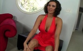 Big Juicy Juggs Dylan Ryder & Scott Lyons Slutty Babe Dylan Gets Her Big Tits Out