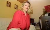 Karen Udders Karen Udders Plumper BBW Pictures
