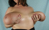 Divine Breasts 405257 Maria Moore Picture Set 2