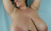 Divine Breasts Maria Moore Picture Set 2