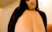 Divine Breasts Bianca Bloom Picture Set05