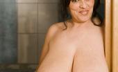Divine Breasts Bianca Bloom Video Set 9/23/10a
