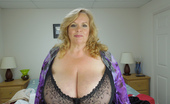 Divine Breasts Suzie M Cup Huge Tits