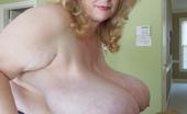 Divine Breasts Suzie Q Has Amazing Hooters