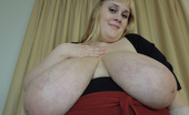 Divine Breasts Maggie Sweet Chubby Busty