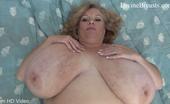 Divine Breasts Suzie Jiggle Big Boobs