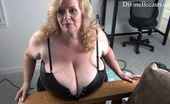 Divine Breasts Suzie Giant Jugs Jiggling