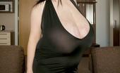 Divine Breasts Alice 85JJ Huge Boobs Dream