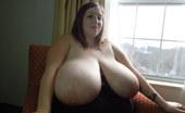Divine Breasts Mara Says Suck My Fat Tits