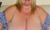 Divine Breasts Kelly BBW Busty Brit