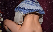 Magic Erotica 415017 Idoia Toys Her Hairy Cunt Under Her Xmas Tree