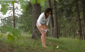 Pee Hunters Raunchy Schoolgirl Does A Number One In The Woods