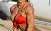 Muscularity Patricia Beckman Planes And Abs Not Even In Competition Prep, Patricia Showed Up For Her Photoshoot At 7% Bodyfat. It Was 18 Weeks Before Her Next Contest And She Hadn'T Even Began To Train For It As Yet. We Drove Around The Desert, Looking For A Special LoURLion To Shoot