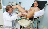 Exclusive Club Sandra Sandra Gyno Speculum Exam At Gyno Clinic By Elder Doctor