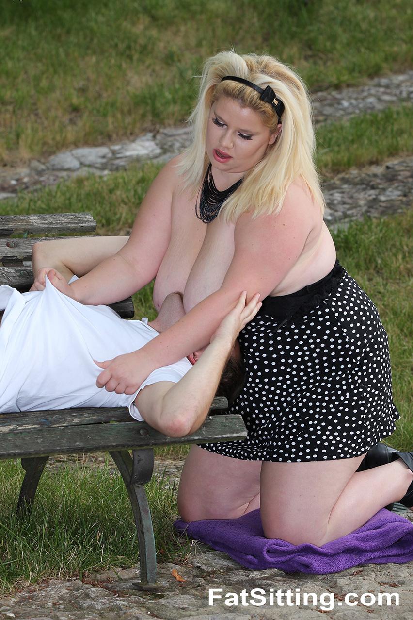 Fat Sitting 422386 BBW Rebecca Tortures Her Submissive Slave