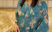 Thai Chix Shaved Sayuri Dropping Blue Kimono
