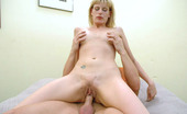 Squirt Hunter 428324 Darryl Hanah Start The New Year Off With An Explosion! This Week We Have For You The Very Sexy Daryll And Her Gyno-Geyser. Cum See This Beautiful Blonde Let Loose The Juice. This Classy Gal Really Gives An Amazing Demonstration Of Her Womanly Attributes.