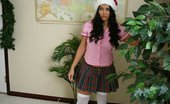 Innocent High Leah Jaye Hot Teen Schoolgirl Decides To Give Her Teacher A Slippery Gift