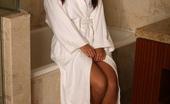 Briana Lee Online Briana Lee Sexy In Bathroom