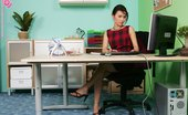 In Focus Girls 435018 Mae Orifice Equipment Watch As Office Girl Strips And Makes Her Pussy All Messy