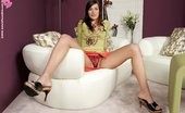 In Focus Girls Marietta Clearly Good Lovely Brunette Glass Dildos Dripping Wet Twat On Couch