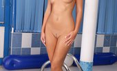 In Focus Girls Cherie Dripping Fingerer Mesmerizing Beauty Nudes And Fingers Dripping Quim Poolside