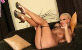 In Focus Girls 436190 Sunni Inserted Gold Stunning Blonde Strips Spreads And Dildos Hot Shaved Pussy