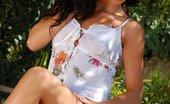 In Focus Girls Billy Prickly Dildoer Flirty Brunette Sheds Summer Dress And Dildos Twat In Garden