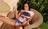 In Focus Girls Anitta Tipsy Masturbator Teen Vixen Spreads And Pours Wine On Hot Pussy On Patio