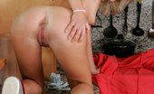In Focus Girls Rene Good Morning Charming Blonde Teasingly Nudes And Shows Her Pink Pussy