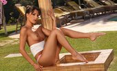 In Focus Girls Aiden Outdoor Shower Sizzling Vixen Gets Wet Spreads And Rubs In Outdoor Shower