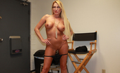Over 40 Hand Jobs Splatter My Face Billy Busty Milf Jennifer Stroking Her Way To Get Young Skin