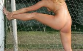 Nude Sport Videos Open-Air Nude Fitness