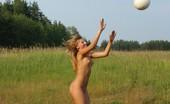 Nude Sport Videos Sporty Naked Chicks Alfresco