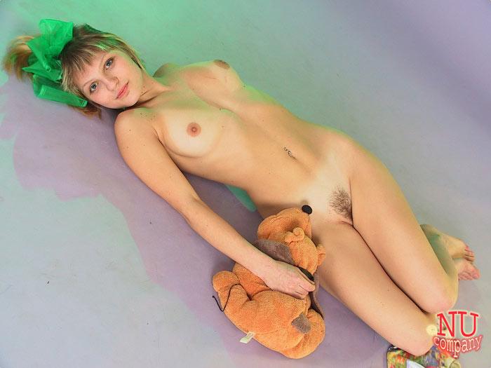naked blondes cum shot