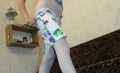 Nylon Passion White Nylon Gal Girl Shows Her White Nylon Pantyhose