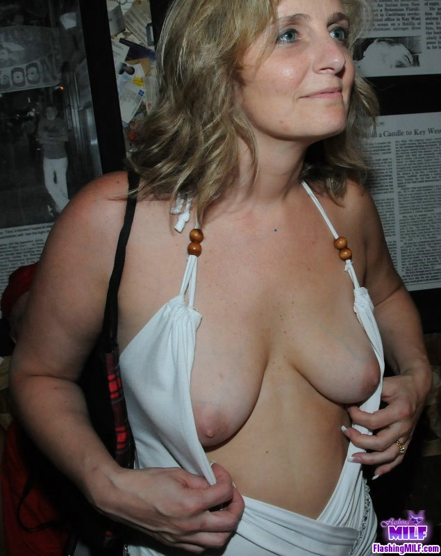 hot milf private escort melb