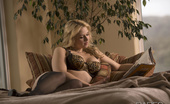 Babes Network.com Sarah Vandella Sitting By A Tree Sarah And Her Lover Take Some Time Off For An Afternoon Treat.