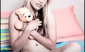 David Nudes Amanda My Teddy Bear Teen In Socks With Teddy Bear Rolls Around Naked On Her Bed....