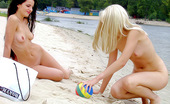 X Nudism Teen Nudists Expose Themselves At A Public Beach