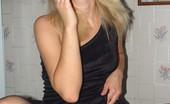 Planet Pantyhose Planet Pantyhose Blonde In Pantyhose Likes To Smoke