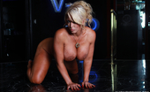 Alura Jenson XXX 455563 Alura Jenson In Got Curves One Of My Favorite Things To Do Is To Just Hang Out Naked. That'S