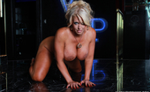 Alura Jenson XXX Alura Jenson In Got Curves One Of My Favorite Things To Do Is To Just Hang Out Naked. That'S