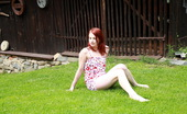 Teen Dorf Jarmila This Redhead Cutie Has Masturbated Outdoors Before, But Never In The Middle Of A Front Lawn Like She Is Today. She`S Out In The Open, Rubbing Her Clit And Fingering Her Tender Pussy.