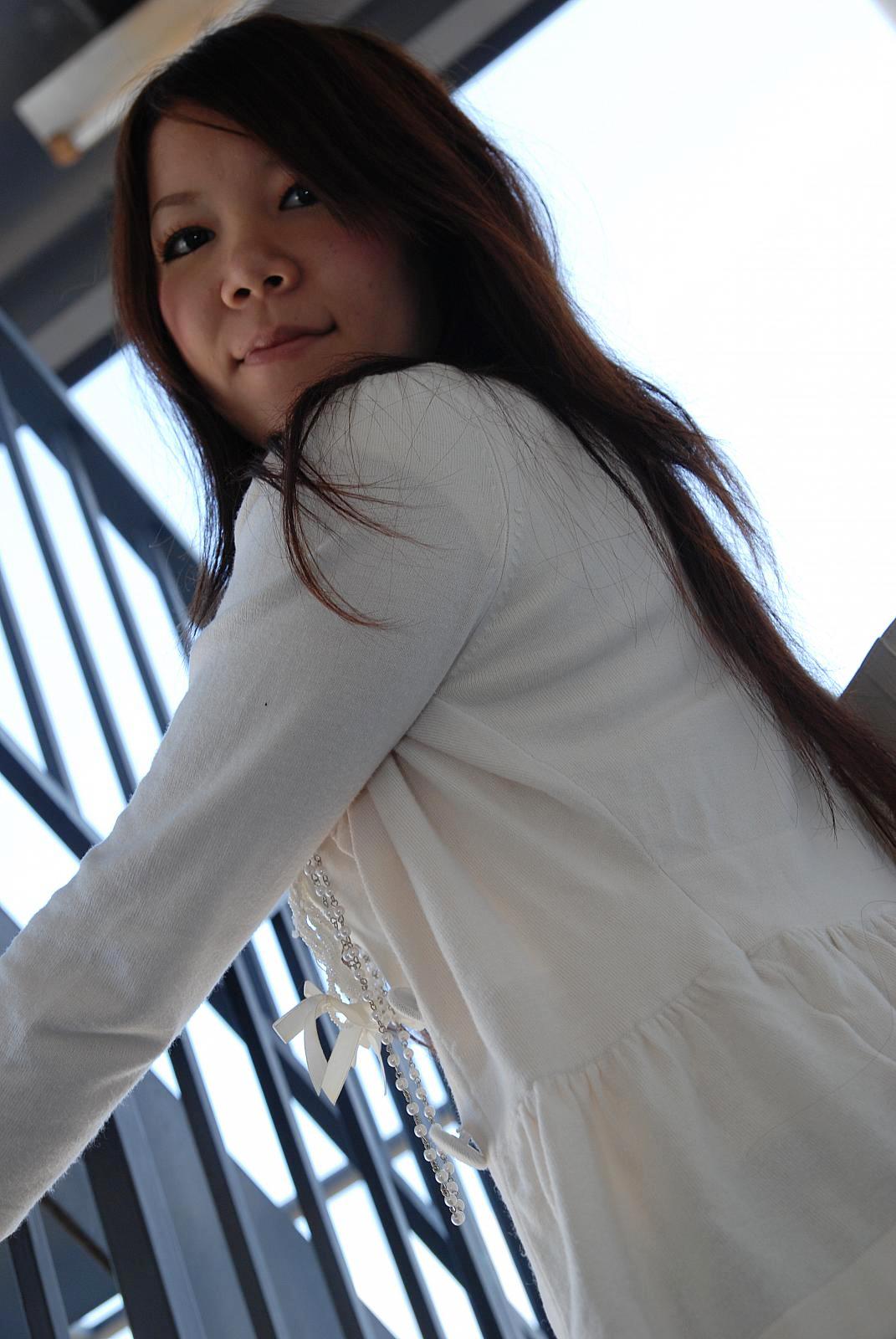 Japanese teen shiori shimizu rides hard cock 6